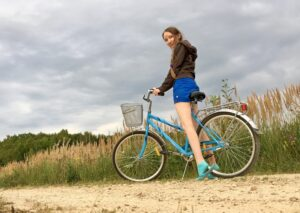 учусь кататься на велосипеде